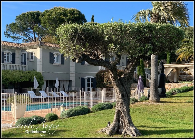 Propriété de 398  m2 - Saint-Tropez (83990)