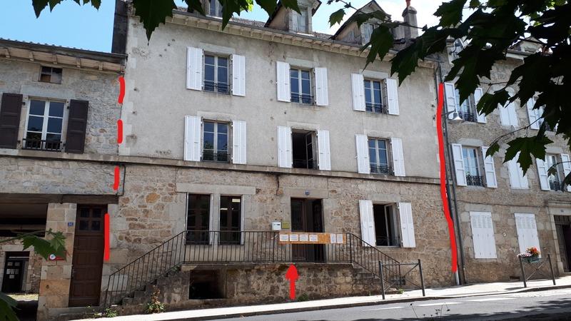 Immeuble de   m2 - Laroquebrou (15150)