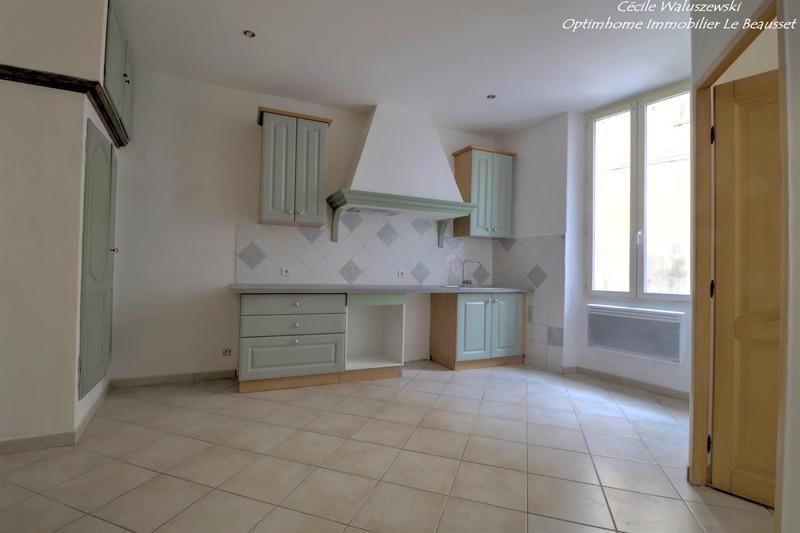 Appartement ancien de 30  m2 - Le Beausset (83330)