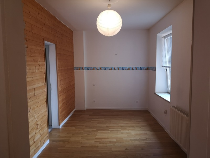 Appartement 1960 de 90  m2 - Sarreguemines (57200)