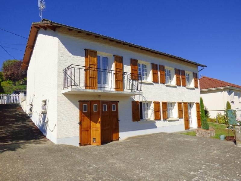 Maison individuelle de 128  m2 - Jussac (15250)