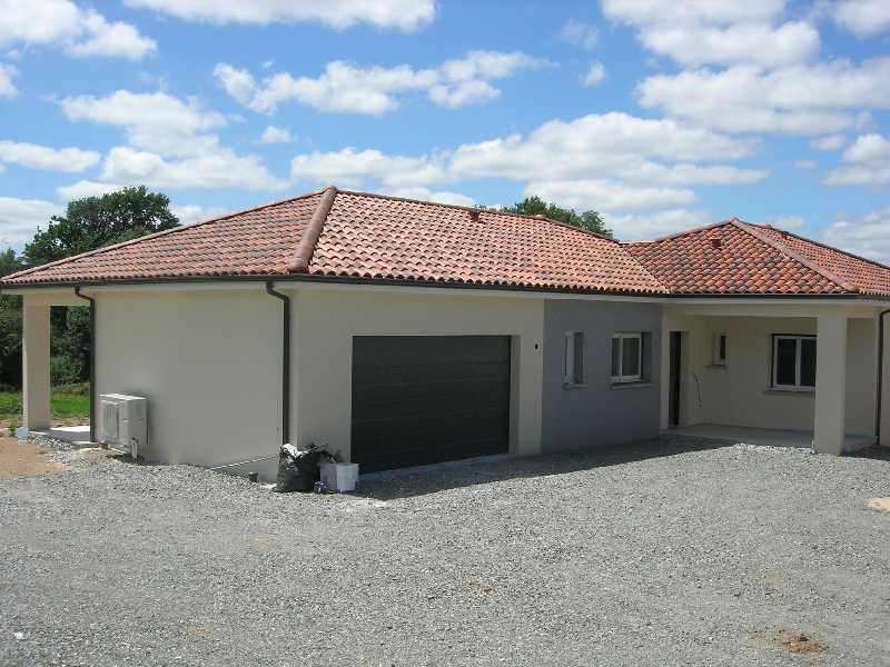 Maison en frais réduits de 123  m2 - Limoges (87000)