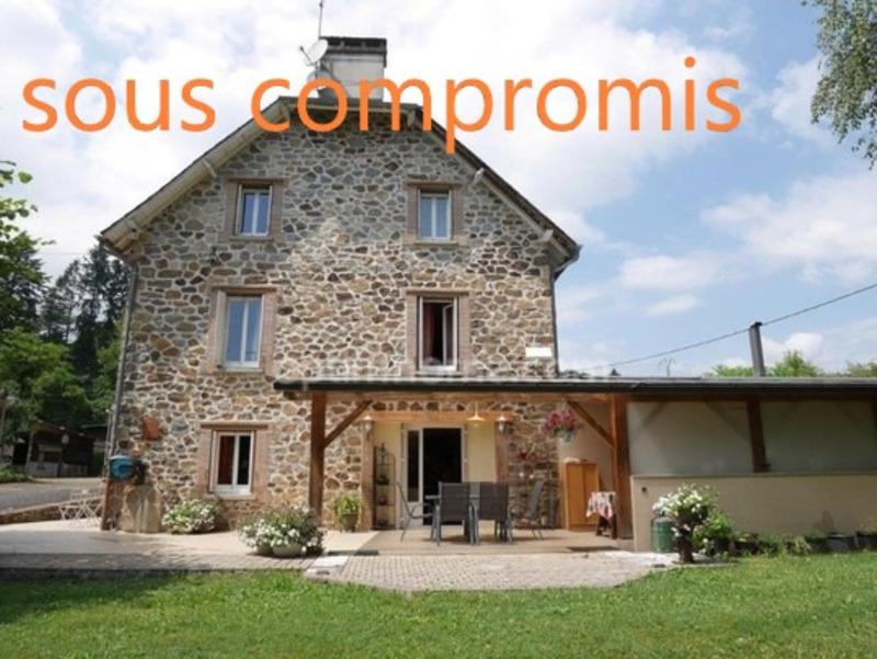 Maison en pierre de 206  m2 - Uzerche (19140)