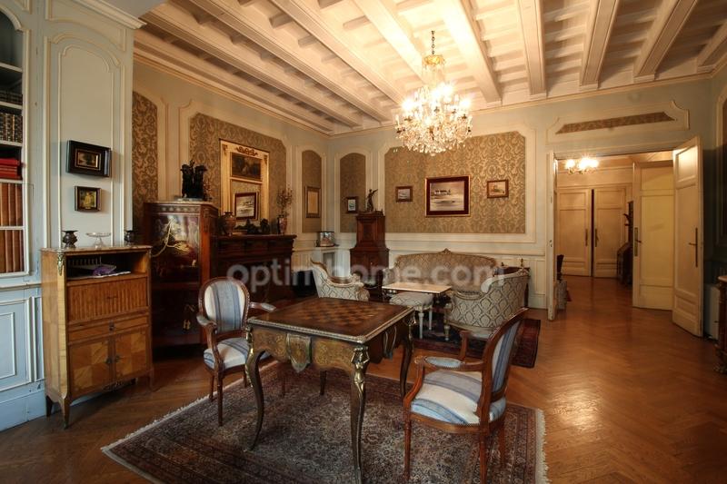 Appartement Haussmannien de 229  m2 - Marseille (13001)