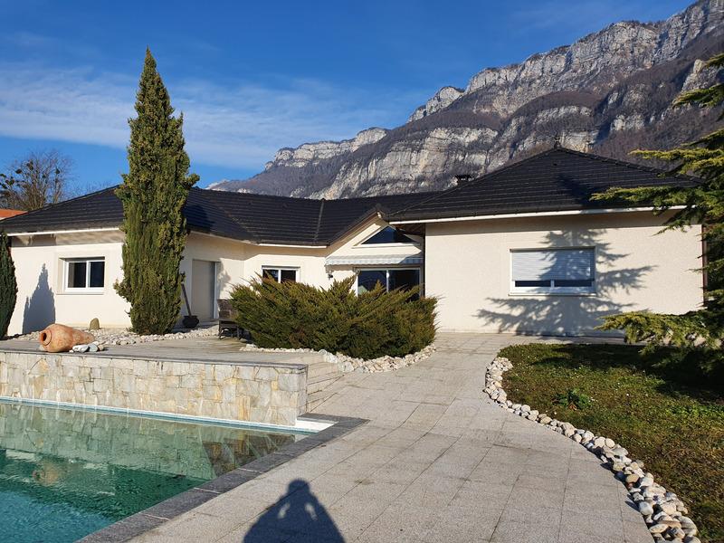 Villa d'architecte de 255  m2 - Méry (73420)