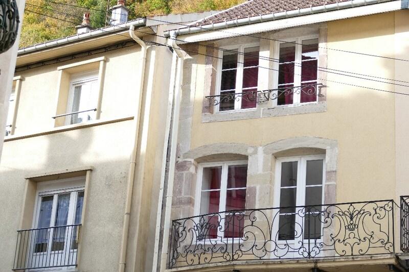 Maison mitoyenne de 128  m2 - Plombières-les-Bains (88370)