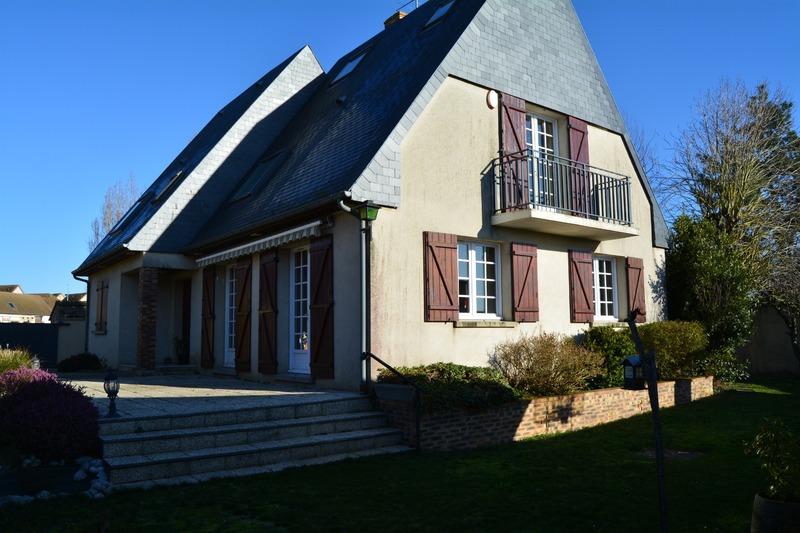 Maison de 150  m2 - Guichainville (27930)
