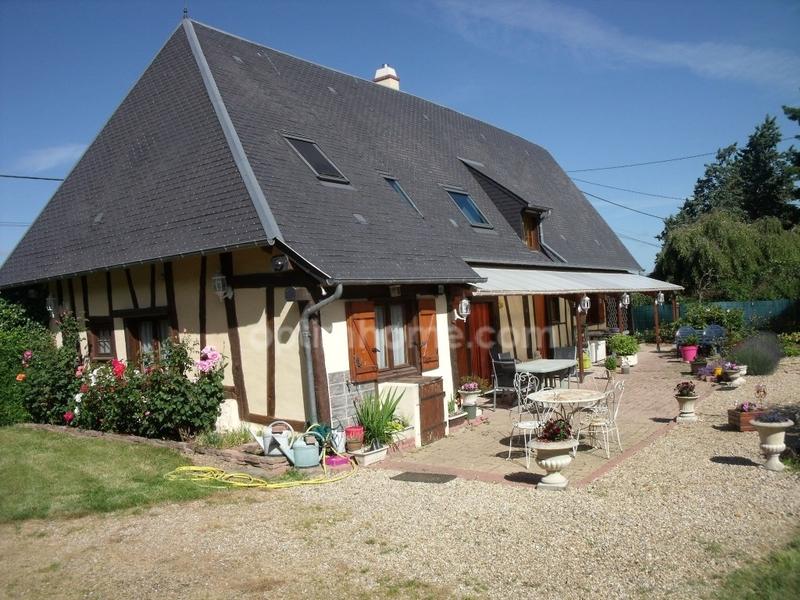 Maison de 140  m2 - Bernay (27300)