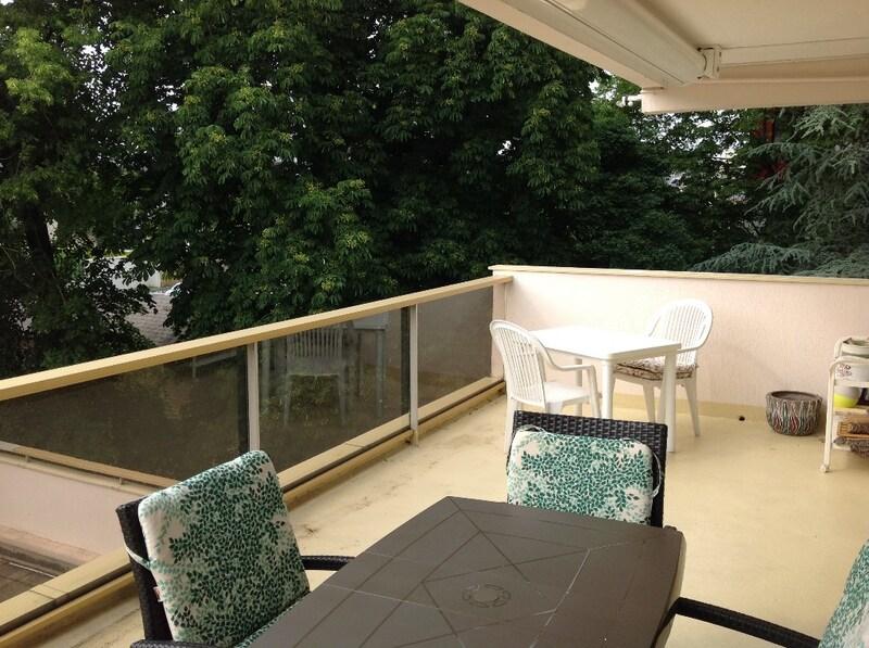 Appartement à rénover de 90  m2 - Charleville-Mézières (08000)