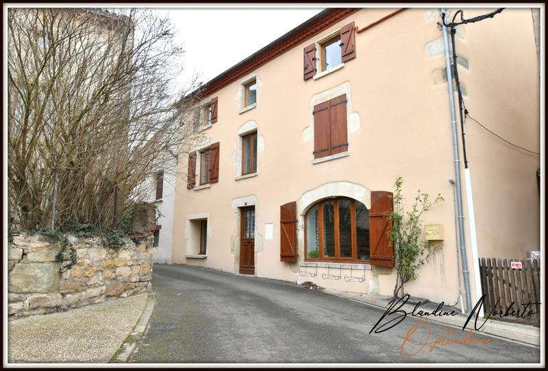 Maison de village de 185  m2 - Vertaizon (63910)