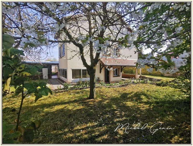Maison de 184  m2 - Poissy (78300)