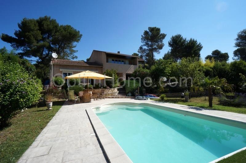 Villa de 216  m2 - Cabriès (13480)