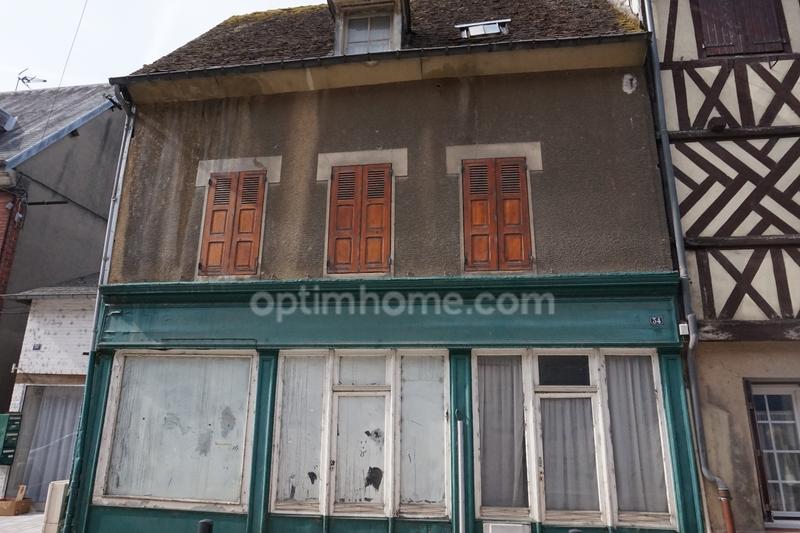 Maison à rénover de 120  m2 - Beaumont-le-Roger (27170)