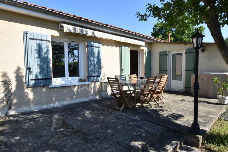 Maison de 106  m2 - Ambarès-et-Lagrave (33440)