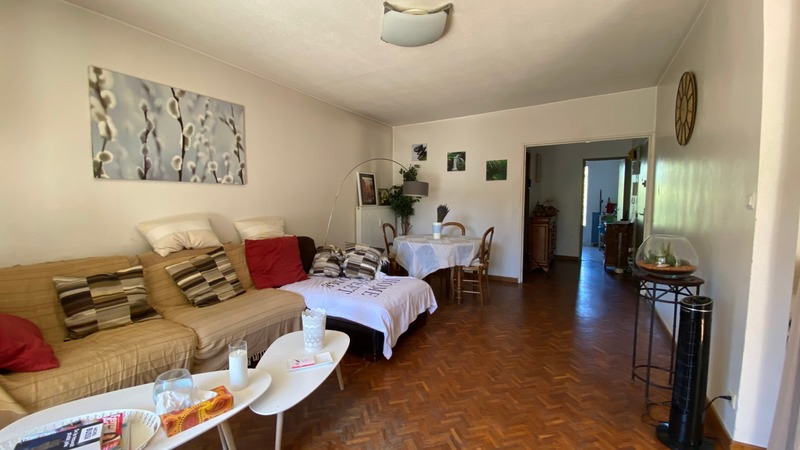 Appartement de 82  m2 - Aix-en-Provence (13290)