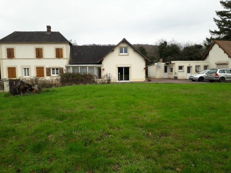 Maison de 192  m2 - Saint-Pierre-de-Cormeilles (27260)