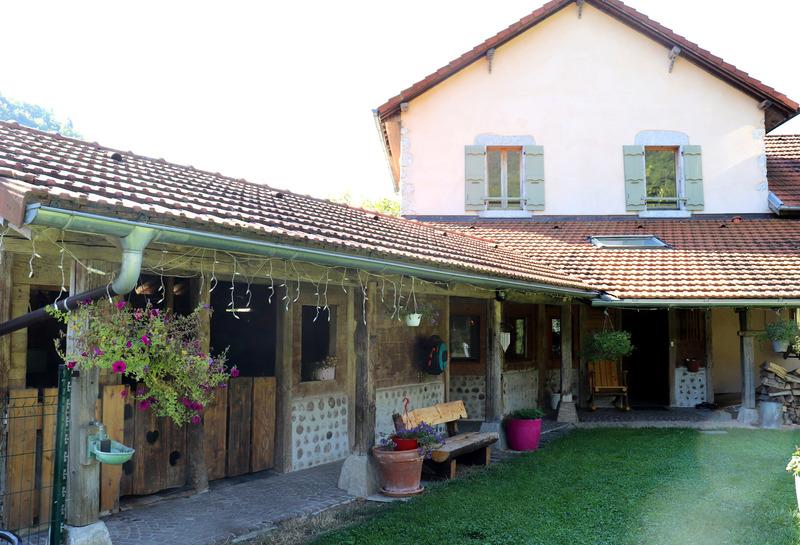 Maison de caractère de 225  m2 - Saint-Jeoire (74490)
