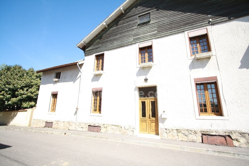 Maison de caractère de 164  m2 - Étain (55400)
