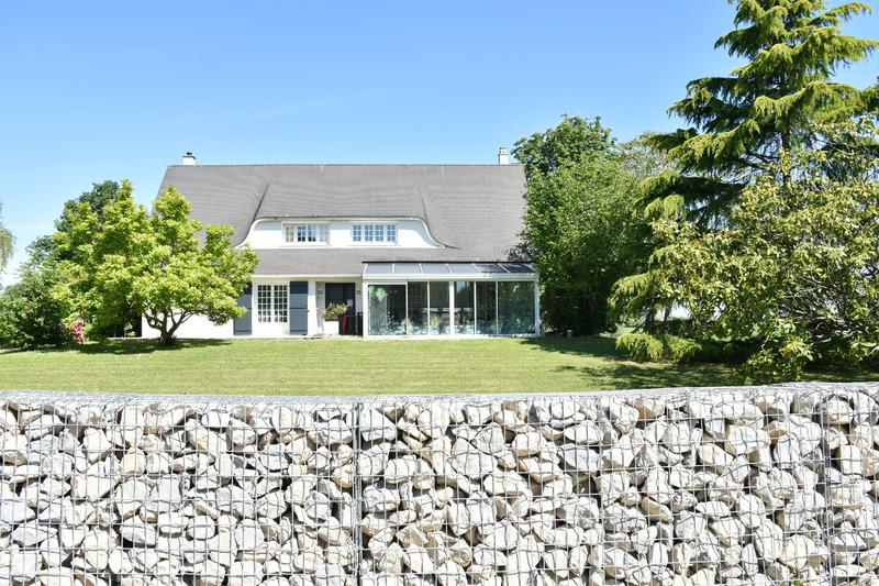 Maison de 207  m2 - Bonneval (28800)