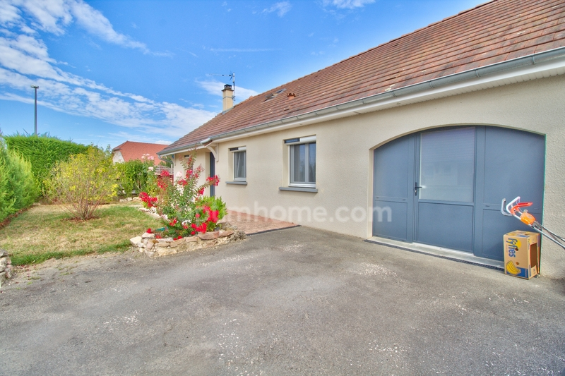 Maison de 105  m2 - Abergement-la-Ronce (39500)