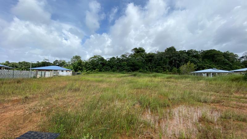 Terrain constructible de   m2 - Macouria (97355)