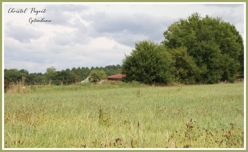 Terrain constructible de   m2 - Saubusse (40180)