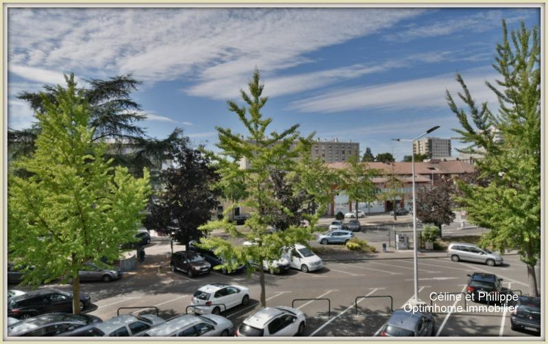 Appartement de 117  m2 - Bourg-en-Bresse (01000)