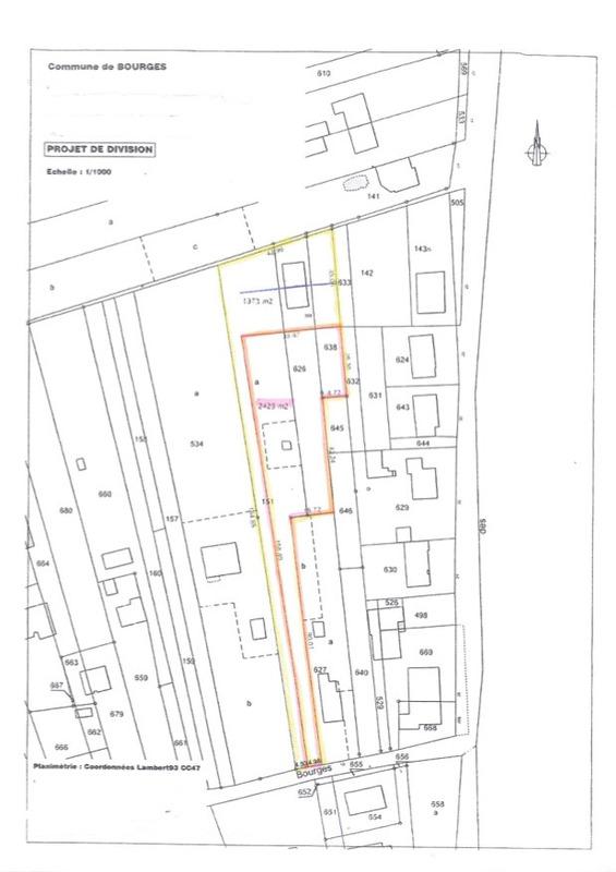 Terrain constructible de   m2 - Bourges (18000)