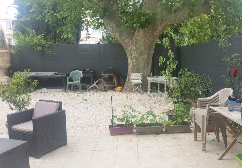 Appartement en rez-de-jardin de 57  m2 - Marseille (13011)