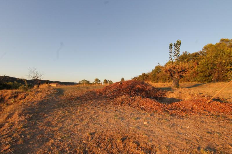 Terrain constructible de   m2 - Alès (30100)