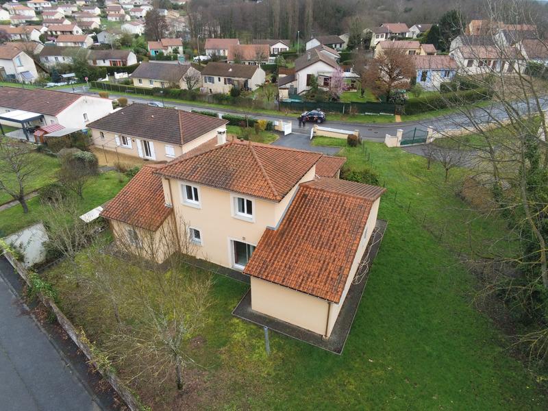Maison de 150  m2 - Couzeix (87270)