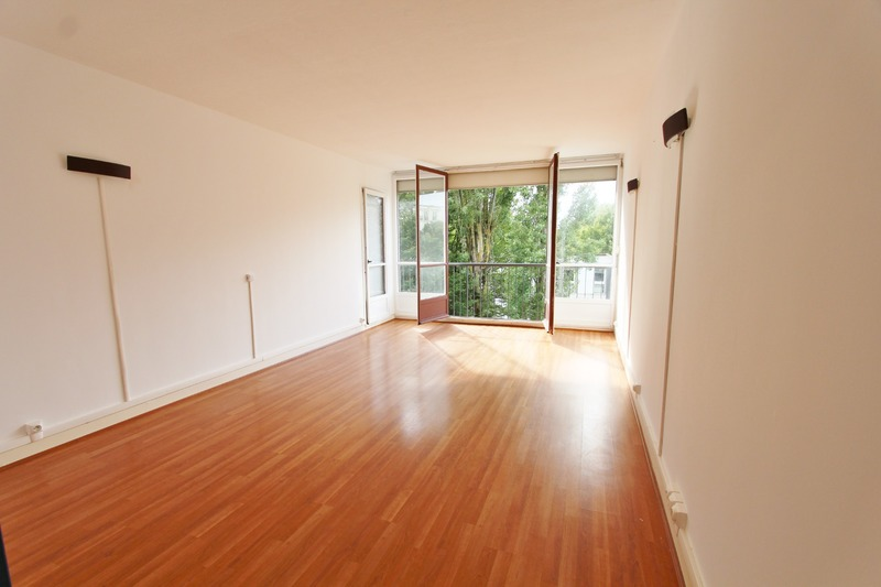 Appartement de 75  m2 - Beauvais (60000)