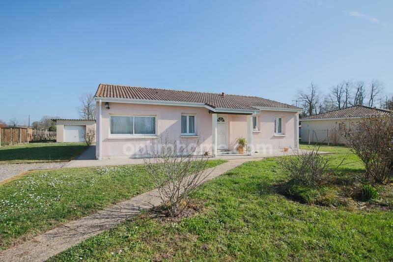 Maison plain-pied de 98  m2 - Saint-Pey-de-Castets (33350)