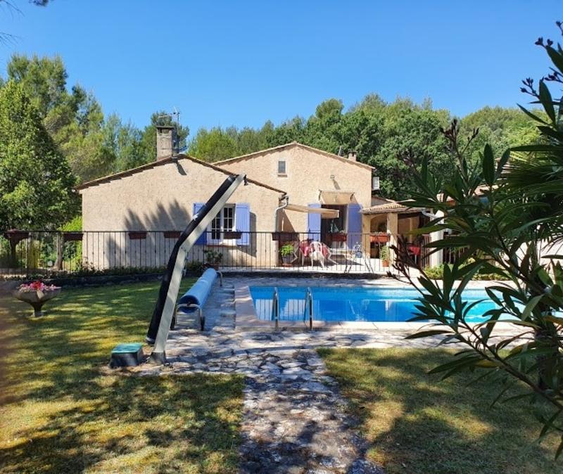 Maison individuelle de 146  m2 - Grambois (84240)