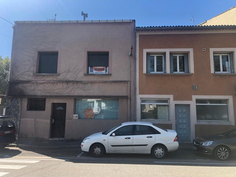 Maison de 480  m2 - Pierrelatte (26700)