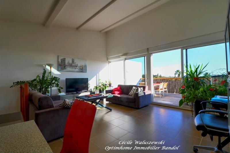 Appartement en résidence de 94  m2 - Bandol (83150)