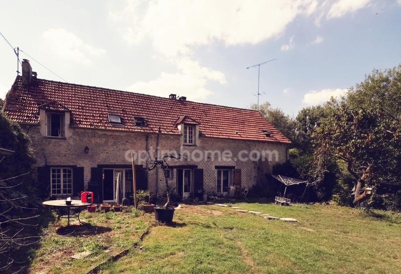 Maison en pierre de 194  m2 - Chalo-Saint-Mars (91780)
