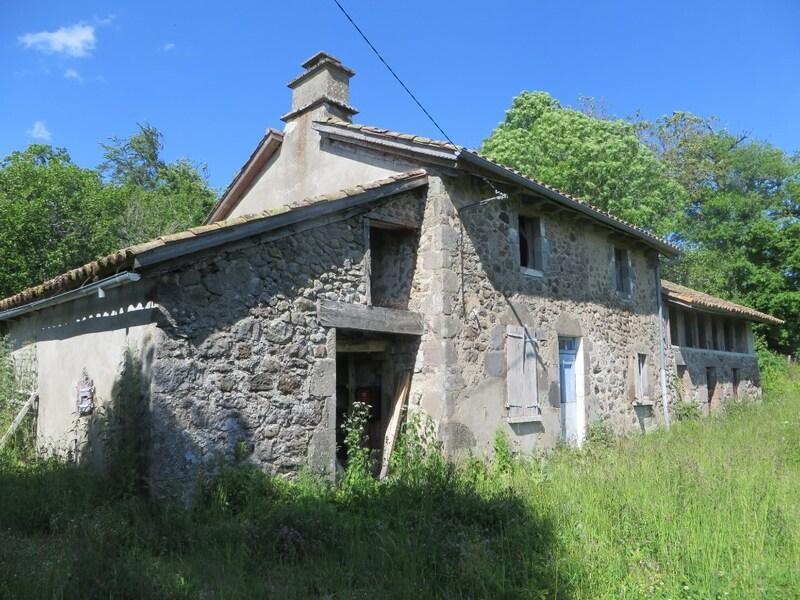 Maison de 130  m2 - Jussac (15250)