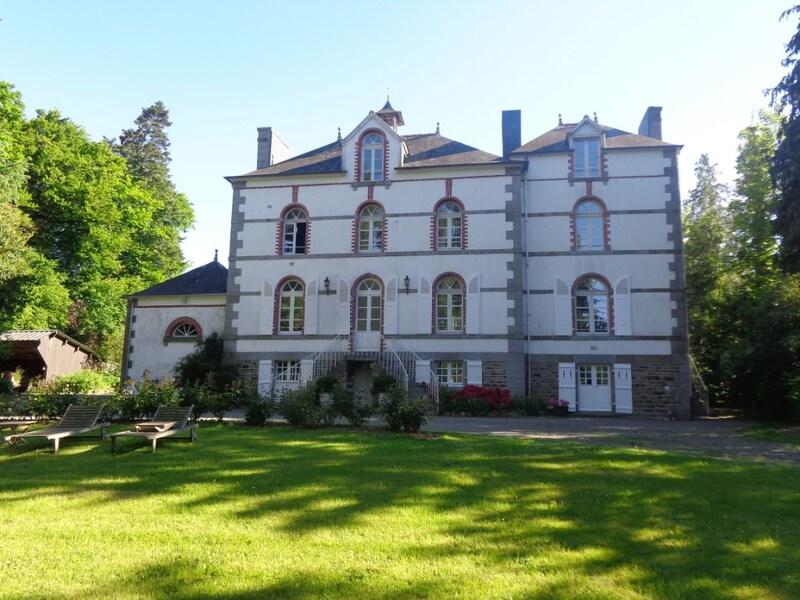 Château de 320  m2 - Rennes (35000)