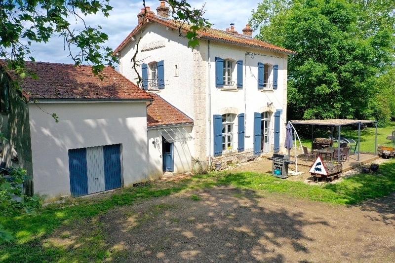 Maison de caractère de 135  m2 - Avallon (89200)