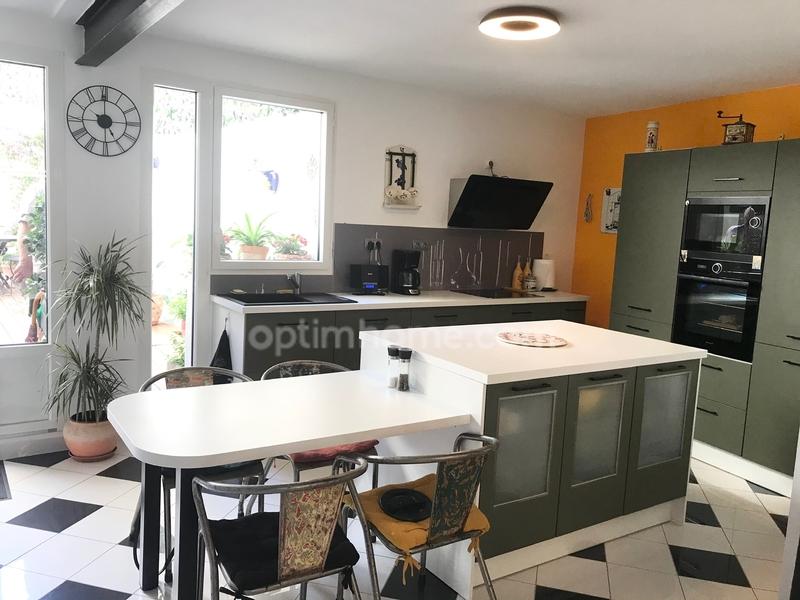 Maison de village de 91  m2 - Aigues-Mortes (30220)
