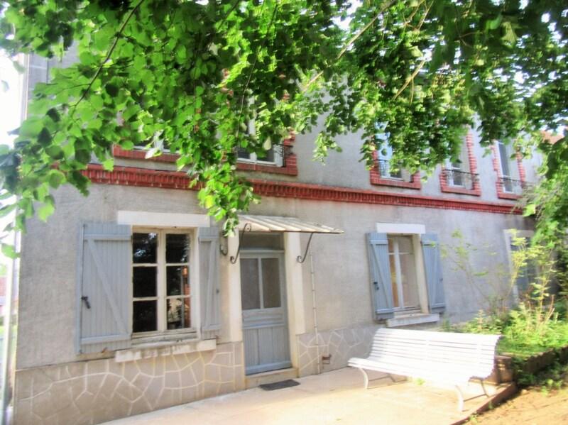 Maison de 138  m2 - Dampierre-sous-Bouhy (58310)