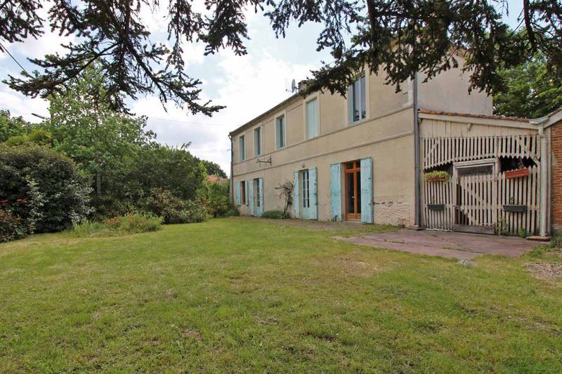 Maison de caractère de 200  m2 - Le Teich (33470)