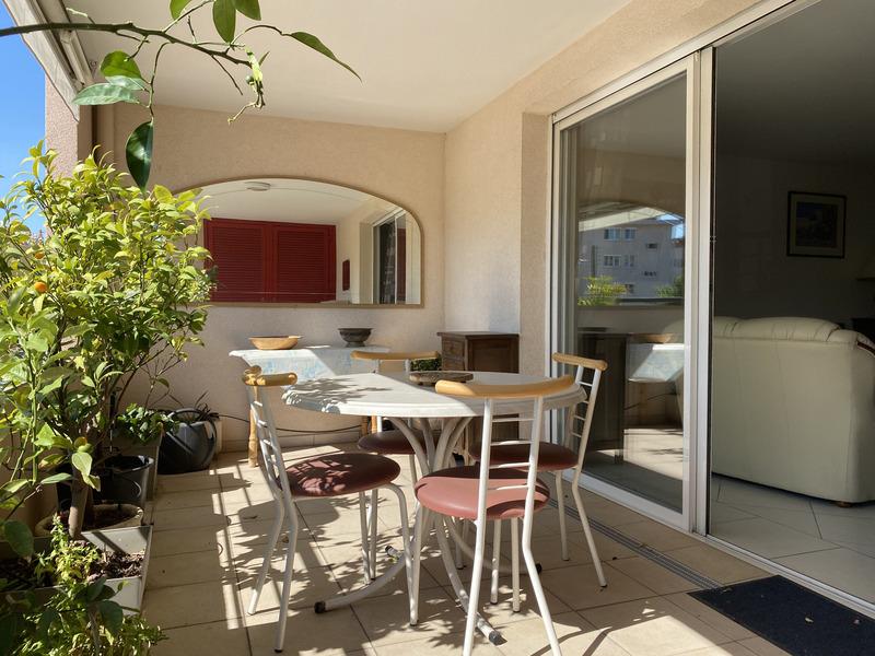 Appartement de 75  m2 - Saint-Raphaël (83700)