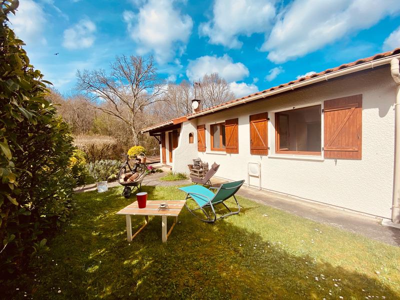 Maison plain-pied de 77  m2 - Saint-Caprais-de-Bordeaux (33880)