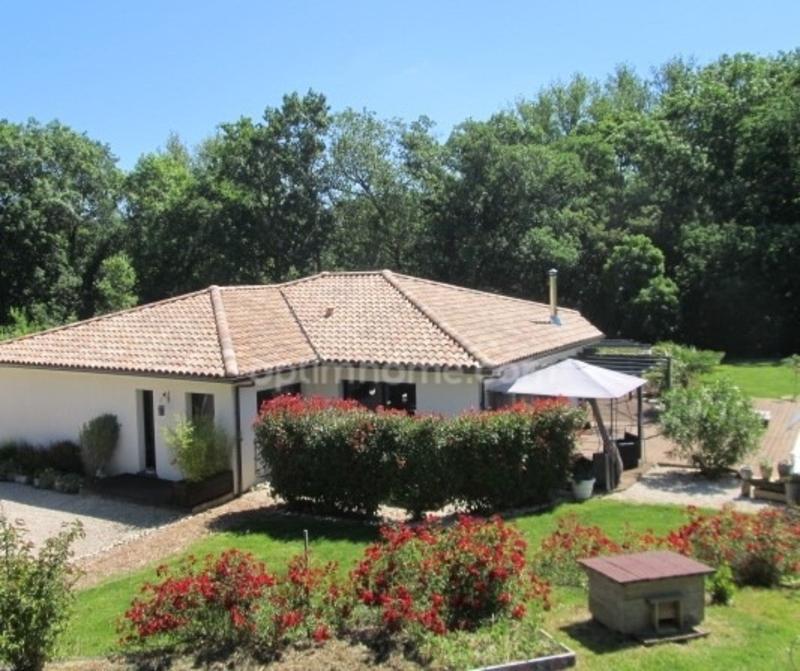 Maison de 225  m2 - Lévignac (31530)