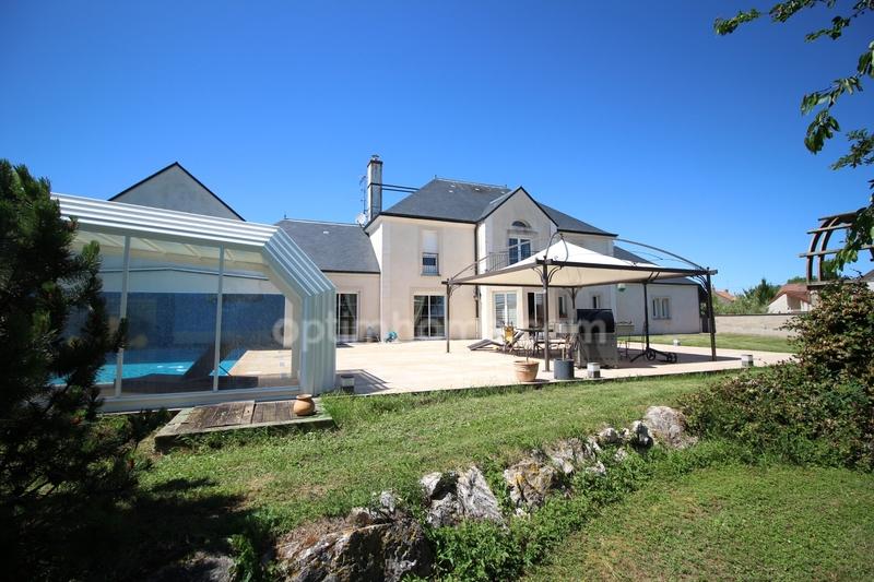 Villa d'architecte de 350  m2 - Auxonne (21130)