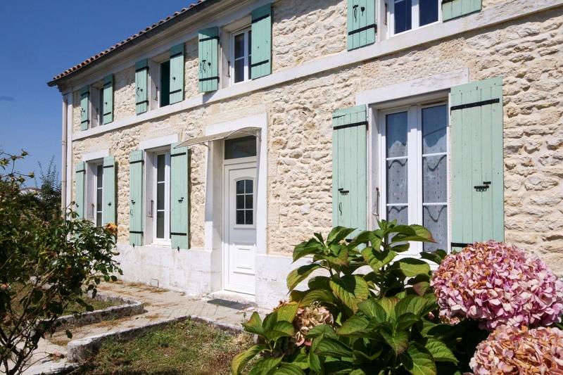 Maison de caractère de 122  m2 - Tonnay-Charente (17430)