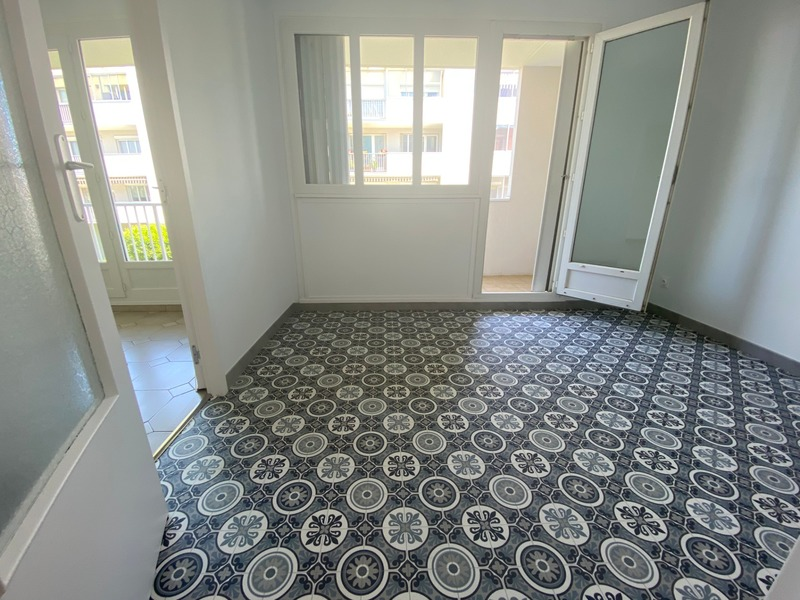 Appartement de 82  m2 - Saint-Priest (69800)