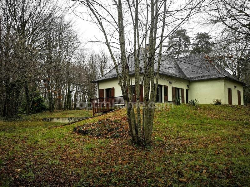 Maison semi plain-pied de 174  m2 - Chancelade (24650)